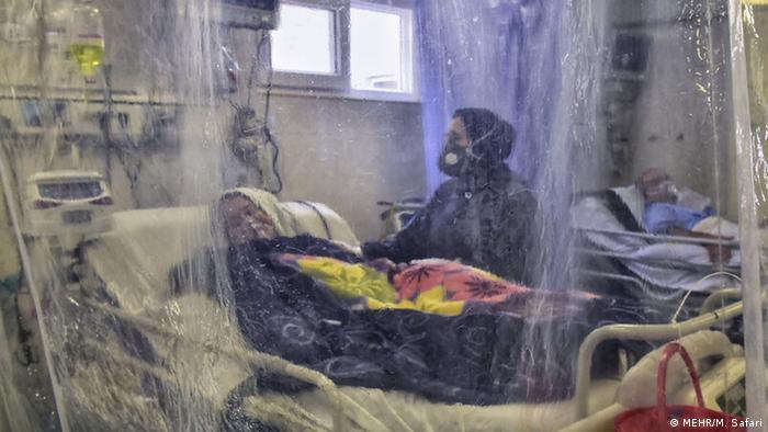 Paciente de covid em hospital no Irã