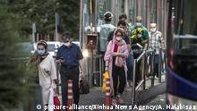 Iran | Coronakrise in Teheran (picture-alliance/Xinhua News Agency/A. Halabisaz)