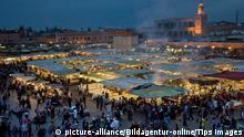 Marokko Marrakesch | Platz Djemma el Fna