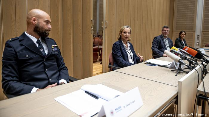 Police and prosecutors from the states of Berlin and Brandenburg give a press conference