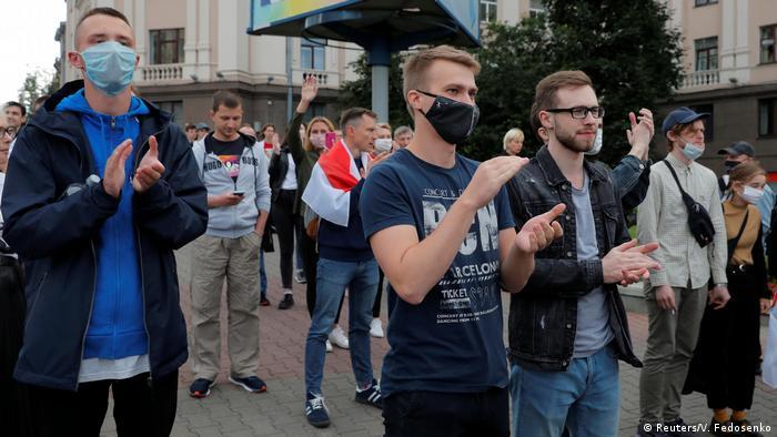 Мітингарі у Білорусі переважно не носять маски