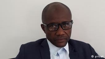 Angola | Jurist | Zola Bambi