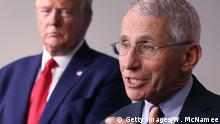 Dr. Anthony Fauci und Donald Trump bei einer Rede zur Corona-Pandemie