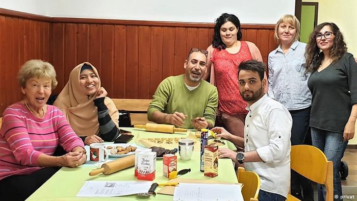 Dina Novian bersama teman-teman di Jerman