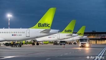 Impressionen Fliegen in Corona-Zeiten bei Air Baltic