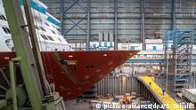 Niedersachsen I Schiffbau I Meyer Werft in Papenpurg