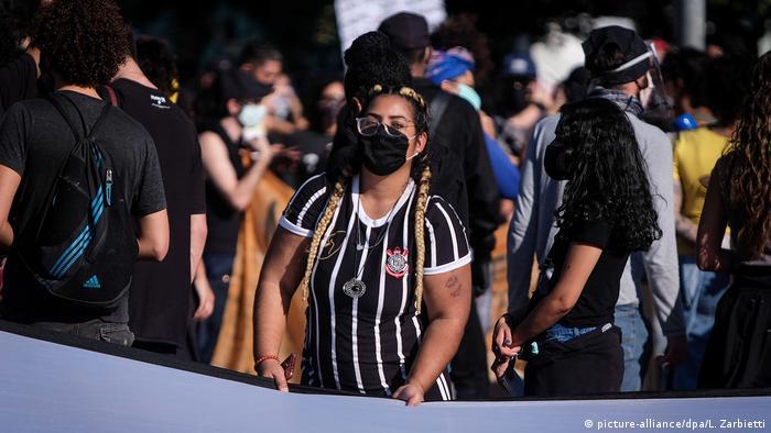 Brasilien Sao Paolo 2020 | Fans Corinthians São Paulo, Protest gegen Bolsonaro