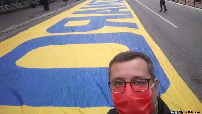 Brasilien Sao Paolo | Fans Corinthians São Paulo, Protest gegen Bolsonaro |Rogerio Bassetto