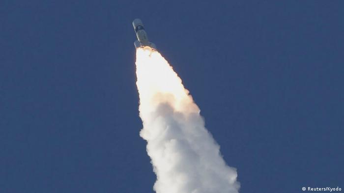 Vereinigte Arabische Emirate schicken Sonde Richtung Mars (Reuters/Kyodo)