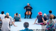 Deutschland Cello-Konzert Bach Pur im Freibad Entringen