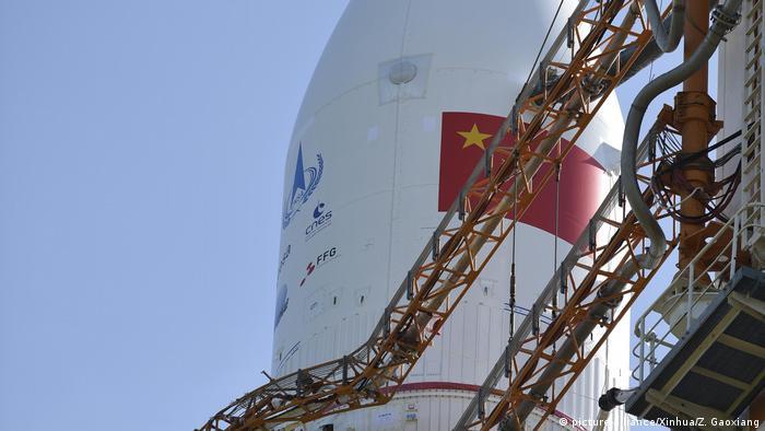 China Wenchang Space Launch Center Raketenstart Long March-5 (picture-alliance/Xinhua/Z. Gaoxiang)