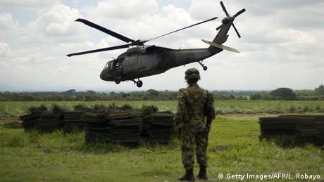 বাংলাদেশ সেনাবাহিনীর ৬৭টি হেলিকপ্টারের বিপরীতে মিয়ানমারের রয়েছে ৮৬টি হেলিকপ্টার৷ (Getty Images/AFP/L. Robayo)