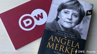 Merkel-Biographie auf Spanisch I Patricia Salazar und Christina Mendoza