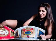 الملاكمة  الألمانية من أصل لبناني، رولا حلبي