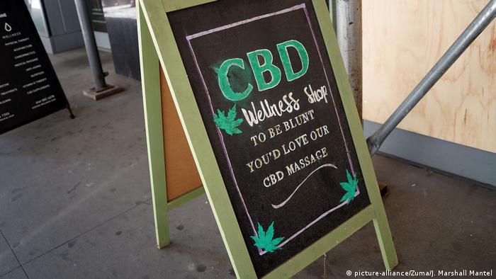 USA New York | Werbung für CBD-Massage