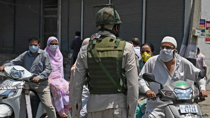 Indien Kashmir Unruhen (AFP/T. Mustafa)