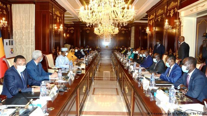 Tschad N'Djaména  Präsident Idriss Déby Itno, Kabinettssitzung