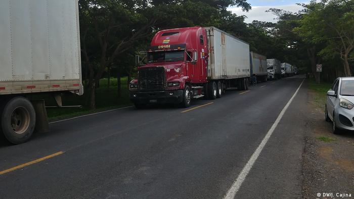 Grenze Nicaragua - Costa Rica   Protest Stau