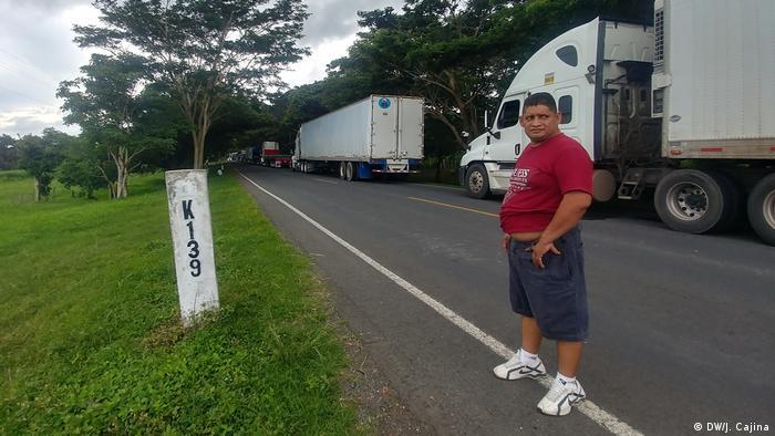 La obstrucción del paso fronterizo de Peñas Blancas entre Costa Rica y Nicaragua por una protesta de inmigrantes nicaragüenses ha detenido el tráfico internacional de mercancías. (Foto del 23.07.2020)