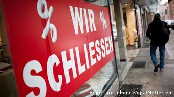 Οι χρεοκοπίες εταιριών αυξάνουν μοιραία τα κόκκινα δάνεια