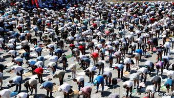 Από τη μεγάλη ισλαμική προσευχή έξω από την Αγία Σοφία