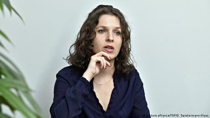 Deputada esquerdista Anne Helm, de Berlim