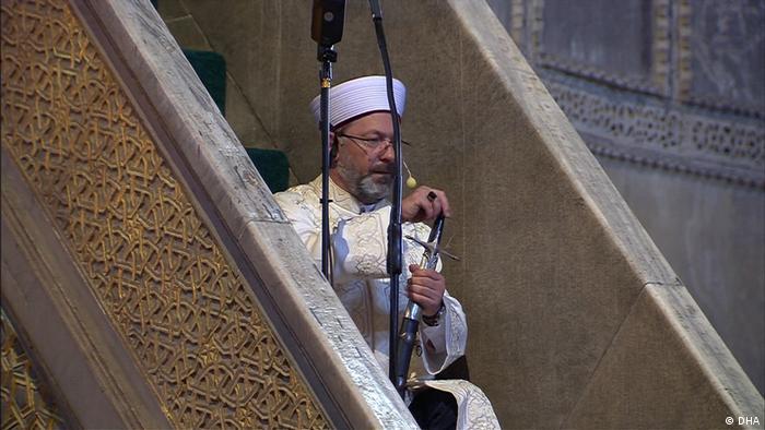 Ali Erbas holds Hagia Sophia sermon with Ottoman sword