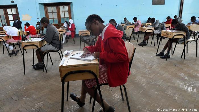 Kenia Nairobi | Schulunterricht & Kenya Certificate of Primary Education
