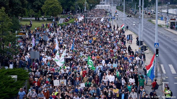 Ungarn I Budapest I Protest gegen politische Einflussnahme auf Nachrichtenportal Index (DW/F. Schlagwein)