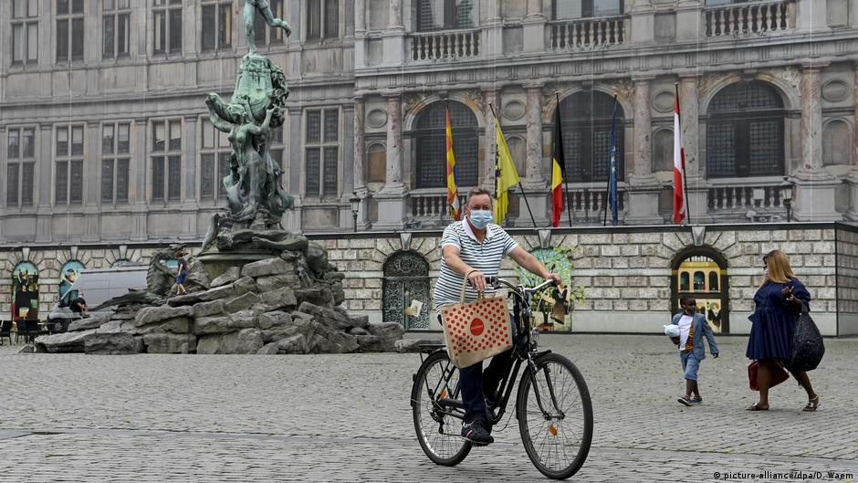 Coronavirus digest: Belgium to scrap face mask rules | DW | 23.09.2020