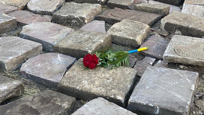 Еврейские надгробия, обнаруженные во Львове