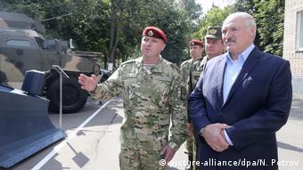 Лукашенко во время посещения одного из подразделений МВД Беларуси, 28 июля