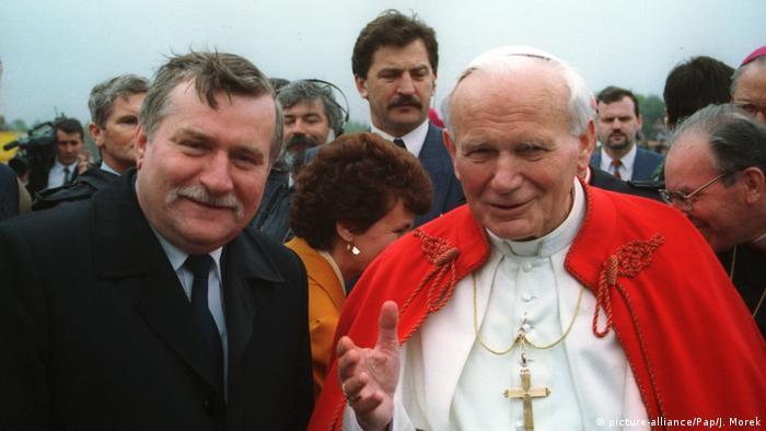 Lech Wałęsa i papież Jan Paweł II