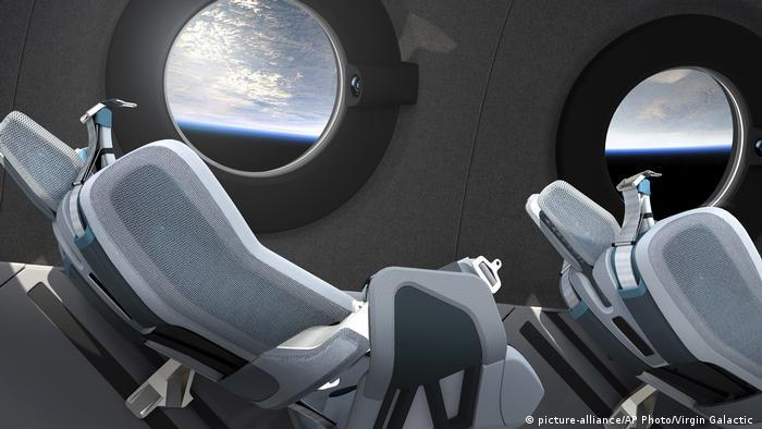 Tampilan kabin wahana antariksa Virgin Galactic SpaceShip Two