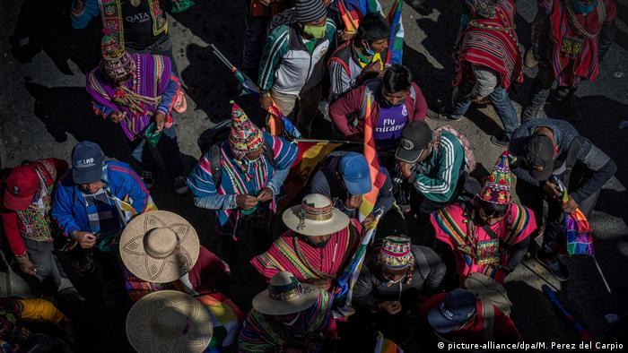 En julio, los indígenas de El Alto, departamento de La Paz, protestaron contra el retraso de las elecciones, aplazadas varias veces desde mayo.