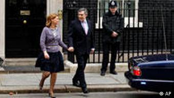 Großbritanniens Premierminister Gordon Brown in der Downing Street