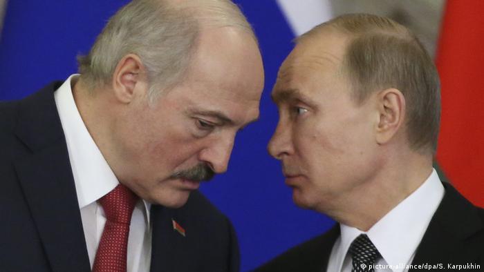 Relațiile cu Rusia, tensionate. Aleksandr Lukașenko și președintele rus Vladimir Putin în 2016