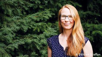 Porträt der Psychologin Caroline Roggendorf, die Corona Storys gesammelt hat.