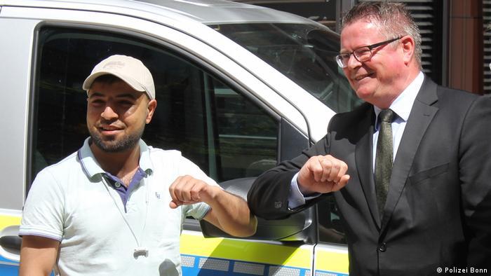 Bonn Messerangriff im Linienbus 601 | Retter Ahmad AL SHEIKH HUESSEIN KAMES und Polizeipräsident