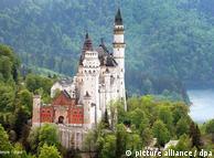 新天鹅堡是国人在德国旅游不可缺少的景点