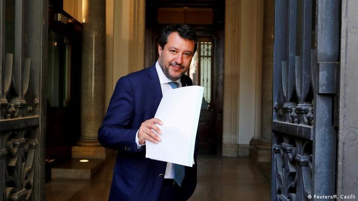 Italien Immunität von Ex-Minister Salvini aufgehoben