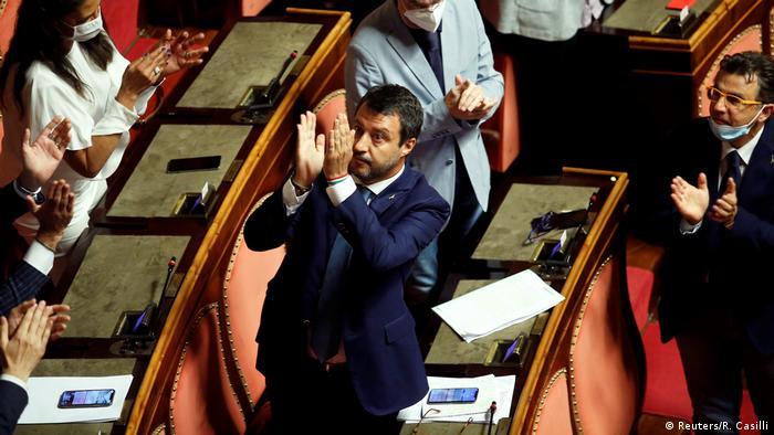 Italien Immunität von Ex-Minister Salvini aufgehoben (Reuters/R. Casilli)