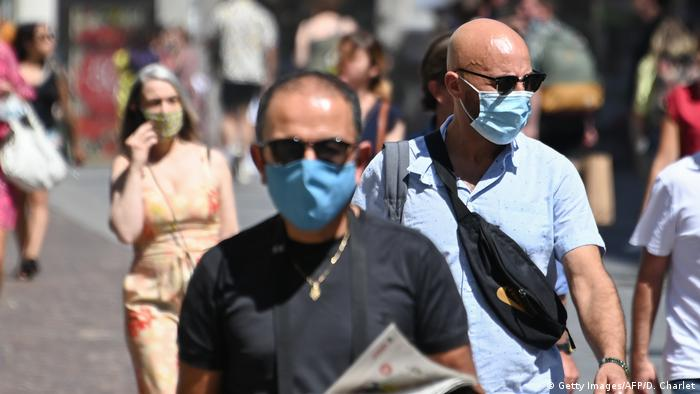 Frankreich | Coronavirus | Maske | Lille
