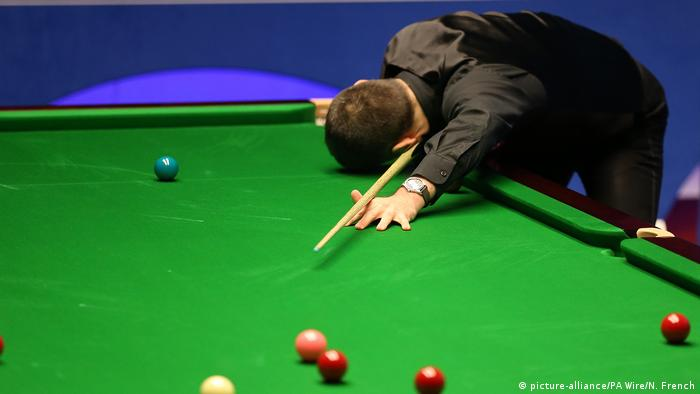 Ronnie O'Sullivan puts his head on the table in despair after a poor shot. Archive image from April 2019 at last year's world championship.
