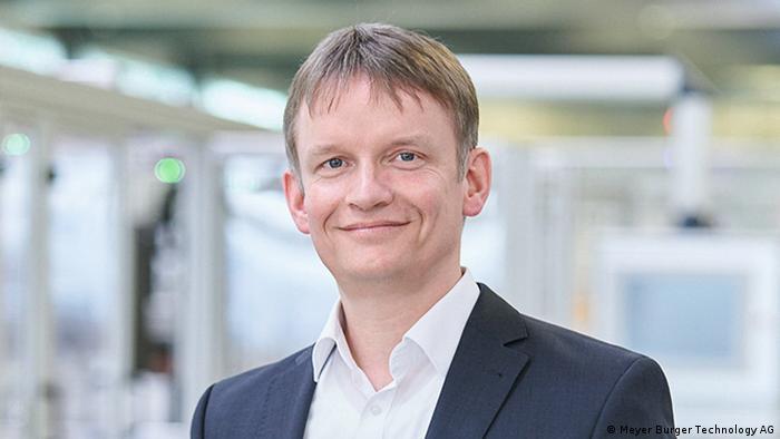 Porträtbild von CEO Gunter Erfurt von Meyer Burger Technology AG