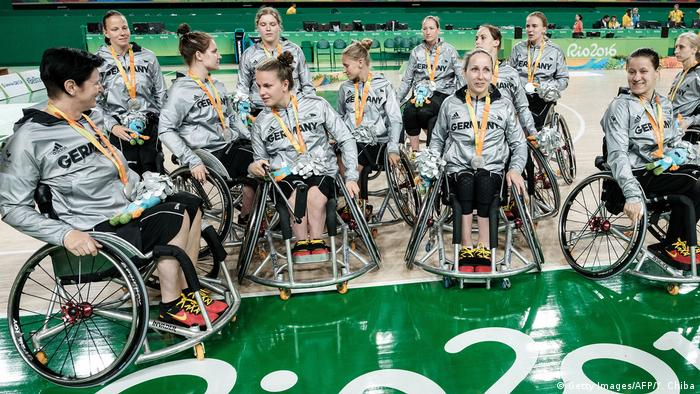 Sommer-Paralympics 2016 in Rio de Janeiro   Basketball Deutschland, Frauen (Getty Images/AFP/Y. Chiba)