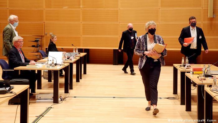 Thilo Sarrazin court case against SPD expulsion