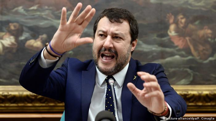 Kommission stimmt für Prozess gegen Salvini (picture-alliance/dpa/F. Cimaglia)
