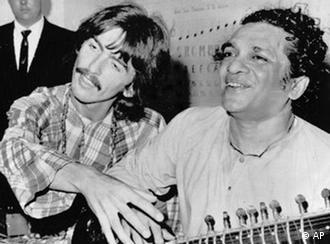 The Beatles Polska: Ravi Shankar nie żyje