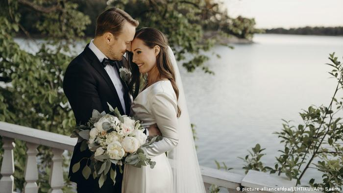 Premijerka Sana Marin je omiljena i - srećna. 1. avgusta sa udala za Markusa Raikonena.